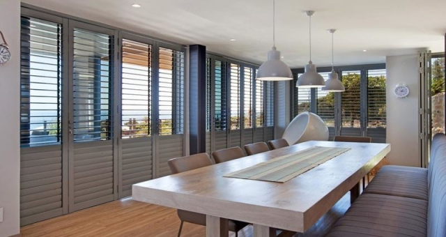 Venetian Blinds in Kitchen